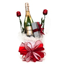 Romantic Champagne Gift Basket