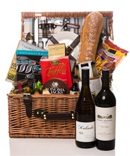 Wine Country Duet Picnic in the Park Gift Basket