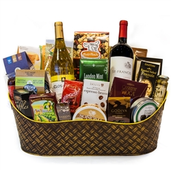 Grand Holiday Wine Duet Basket