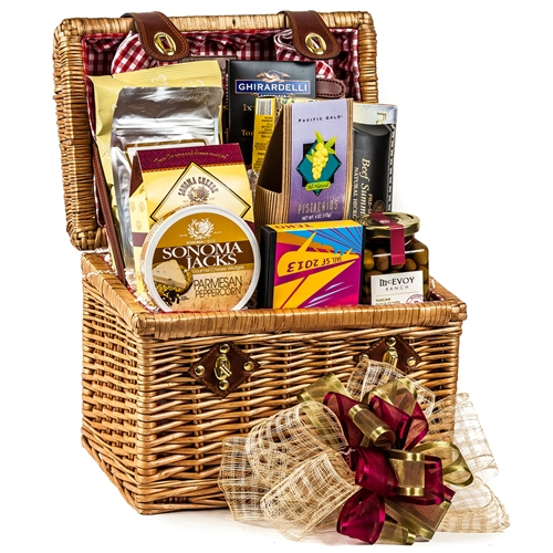 Afternoon Delight Picnic Basket